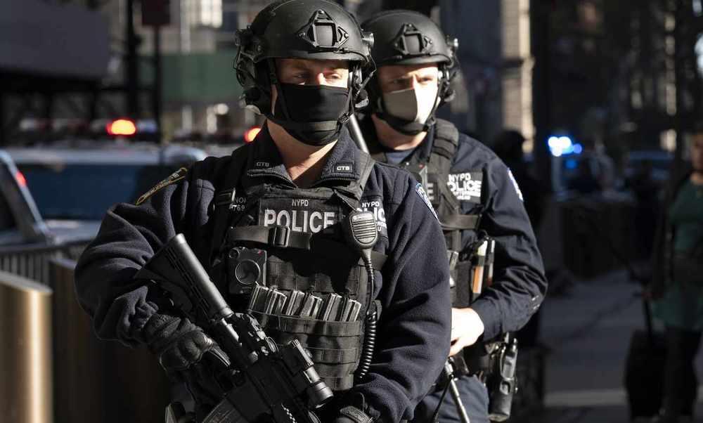 Dems' Stance on Police Reform Threatens National Security (Tony Shaffer & Bernard Kerik)